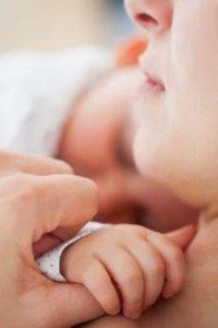 image-les-causes-de-la-plagiocephalie